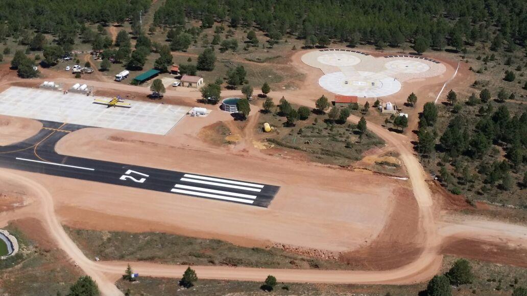 Redacción de proyectos y dirección de obra de aeródromos y helipuertos para GEACAM en Castilla La Mancha.